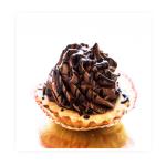 babeczka truflowa - kruchy maślany korpus wypełniony marmoladką Wieloowocową , szprycowany kremem mocno truflowym czekoladowym